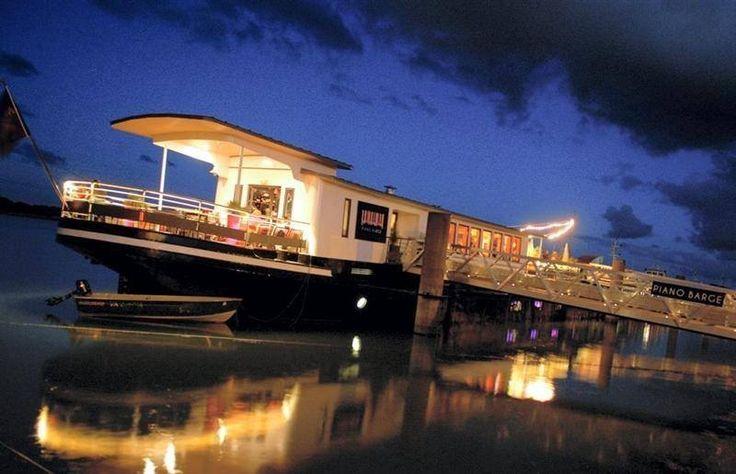 cargo de nuit piano barge restaurant concerts vannes. Black Bedroom Furniture Sets. Home Design Ideas