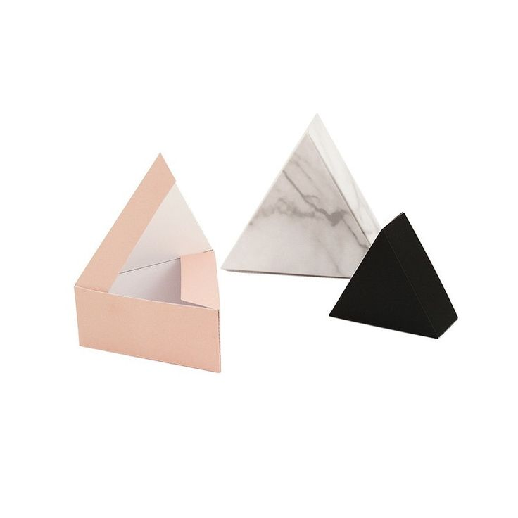DESCRIPTION Pretty perfect for gift giving or adding a little accent to your decor. DIY kit. Set of 3: marble, black, soft pink 6, 8 and 10 cm DESIGNER Click to view more items by Snug Studio. Based i