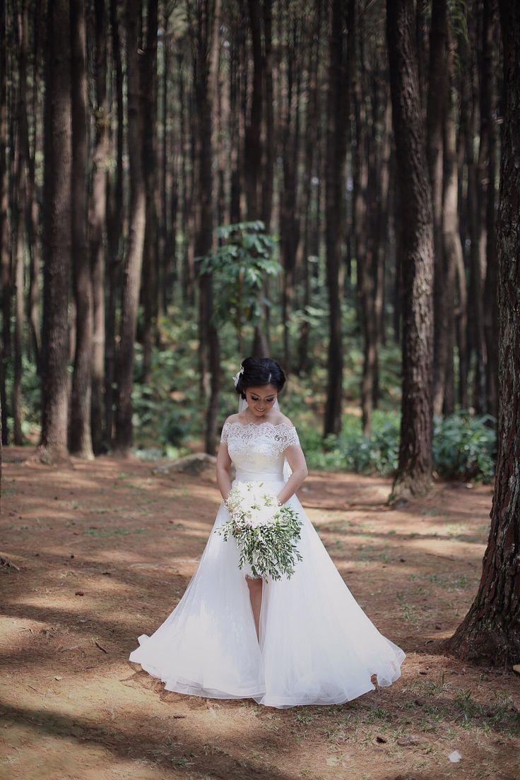 Dress up laundry kebon jeruk - Pernikahan Josephine Dan Barata Di Gunung Pancar