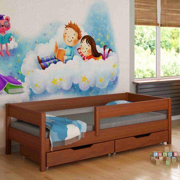 Dieses Kinderbett von der Firma Lukdom passt durch seine zeitlose Eckform zu jedem Kinderzimmer. Kinder wachsen und so auch der Anspruch der Spröslinge! Es ist die perfekte Wahl um dem Kinderzimmer einen modernen Schliff zu verpassen und dennoch ein wohlfühlendes Gefühl den Kindern zu schenken. Kinder toben und hüpfen, da muss das Bett schon so einiges aushalten, bei diesem Kinderbett können Sie und die Kinder sicher sein, denn die Beine sind aus Massiv-Holz. Die Sicherheitsbalken können von…