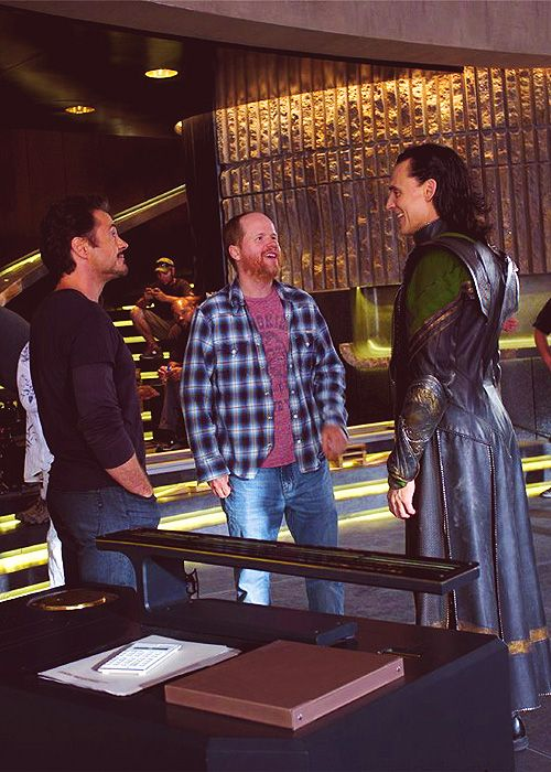 "Behind the scenes, ""Avengers"" - Robert Downey Jr., Joss Whedon and Tom Hiddleston. *goodness me they are short*"