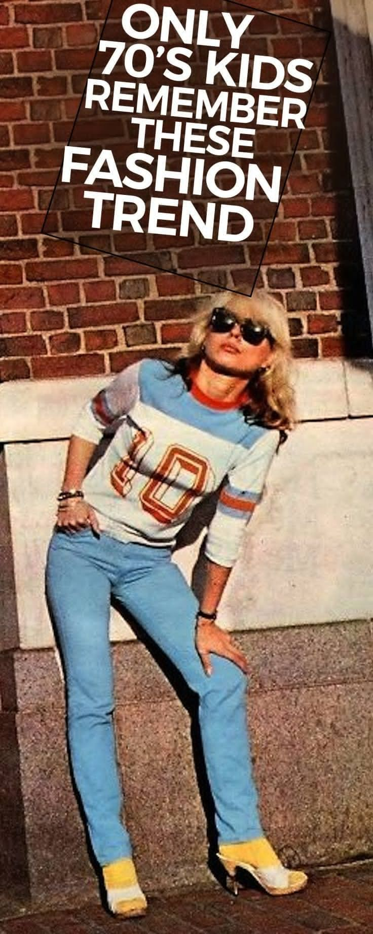 Here's a rundown of the top fashion trends of the 70s. http://feedproxy.google.com/fashionshoes1