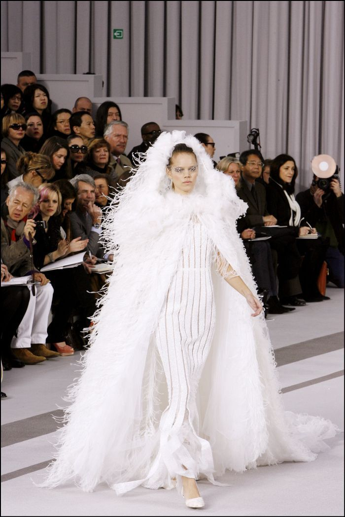 The 15 Most Exquisite Chanel Wedding Dresses Of All Time In 2020