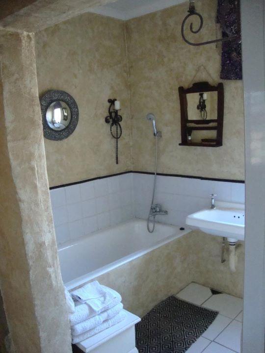 Great Escape bathroom