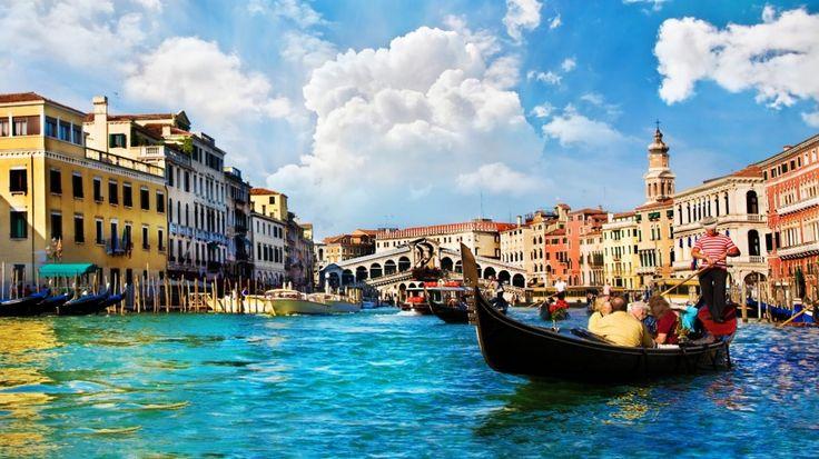 'Cheapskates': Venice mayor slams tourists over $797 lunch complaint