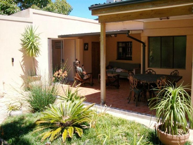 Three bed self catering holiday home in Strand http://capeletting.com/somerset-west/somerset-west/morgan-villa-282/