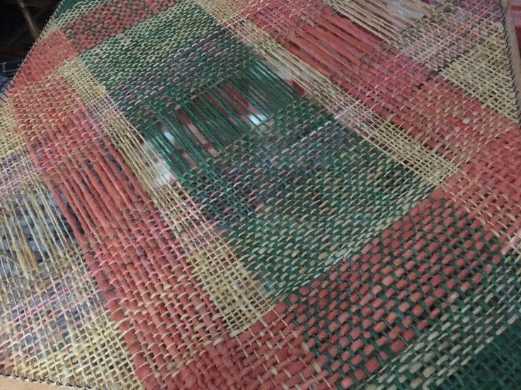 Piecera de plaza y media en lana prensada teñida Tilonka Lanas CLP 60.000