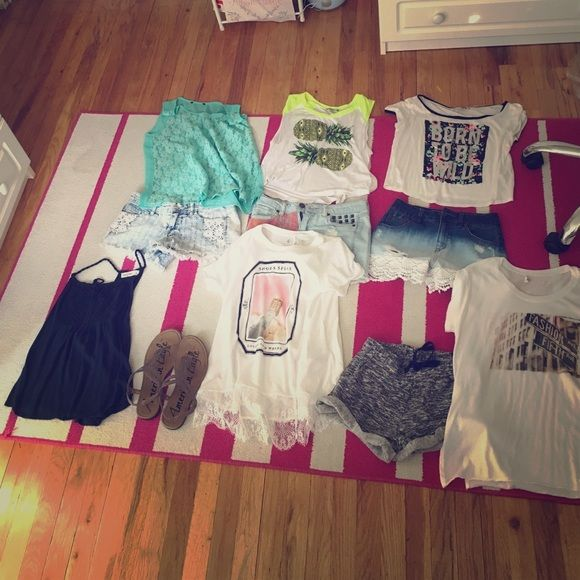 Bundle of new summer teenage clothes This super great price bundle is from the hottest teenage girl stores like Charlotte Russe , ambercombie and Fitch , wet seal , and forever 21 . The shorts are are size extra small or a 2 it can fit a size 0 and up to a size 4 . I am size kids 14 and size 0 so they fit me fine . The shirts are sizes small and Extra small . The shoes are a size 8-9. Extremely rare bundle ! A must have for the summer time !! 6 shirts , four pairs of shorts and 1 pair of…