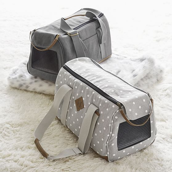 Take your pet along with you wherever you go! These stylish pet carriers are made of pure cotton canvas, so they're superdurable. With mesh paneling, your furry friend gets to enjoy the fresh air and the view with you.