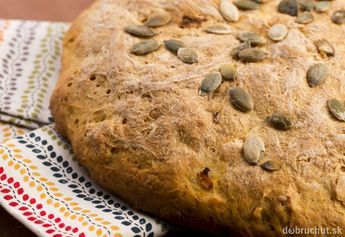 Cuketový chlieb s parmezánom