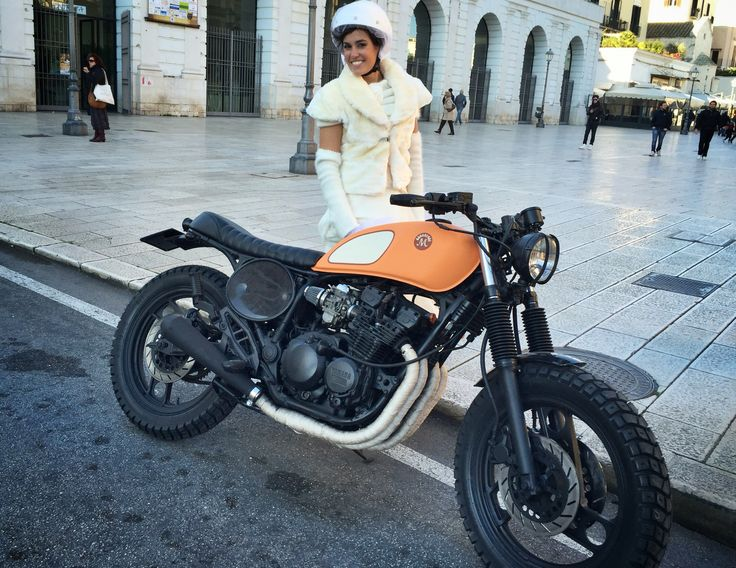 #Motorecyclos Yamaha Vitamine with a bride