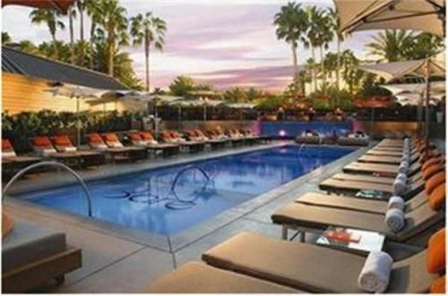 CAD177 A tropical refuge in the center of Las Vegas, this elegant resort features a unique dolphin and wild animal habitat.