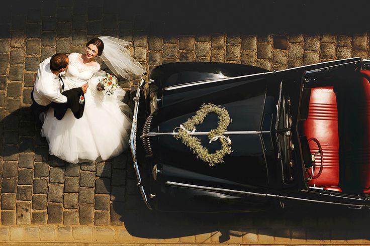 Wedding car inspiration... For more check out www.smartgroom.com #weddingcar
