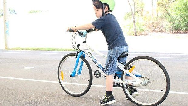 Essential Kids reviews the E-450x3i geared kids bike