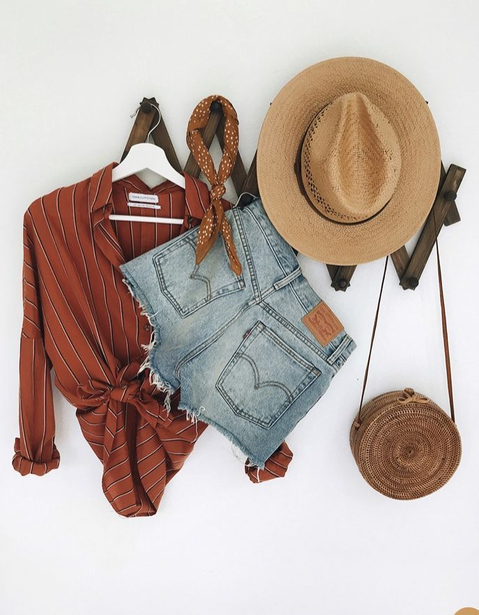 burgundy shirt, levi's shorts, woven hat, basket bag, casual fall outfit, wi…