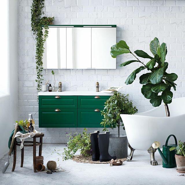 Vi gör badrum. Du gör badrummet. Inspireras och hitta din stil i vår nya katalog.  #svedbergs #badrum #inspiration #interiör #bathroom #interior