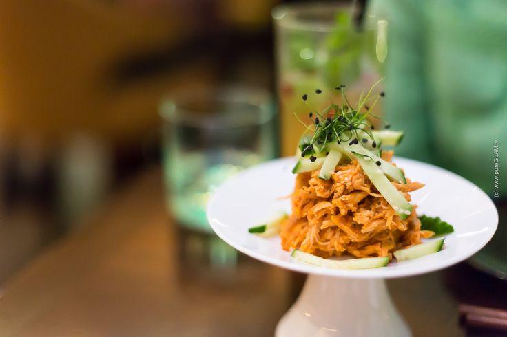 Restaurant Sra Bua by Tim Raue - Adlon Berlin - http://www.pureglam.tv/2014/08/26/restaurant-sra-bua-tim-raue-adlon-berlin/ -#Berlin, #HotelAdlon, #Kempinski, #Reiseblog, #Restaurant, #SraBua, #Sushi, #TimRaue, #TopRestaurants