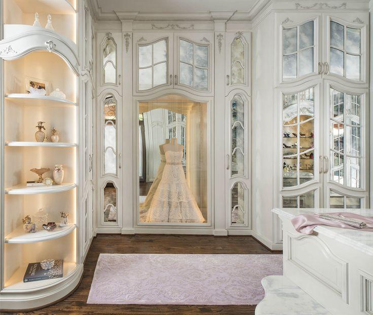 DallasDesignGroup | Portfolio | room-type | Wardrobes