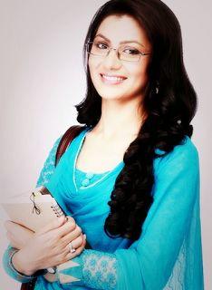 fotofoto Sriti Jha Pemeran Pragya di Serial India Lonceng Cinta ANTV
