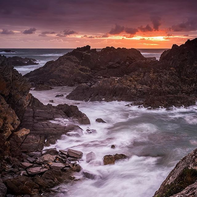 Sunset on #Tasmania's Tarkine coast - yeah, it's a little bit epic!    Spending the late afternoon at Sarah Anne Rocks, we roamed and explored until the sun decided it had had enough and was time to rest. It's goodnight kiss was aglow with warmth, as it pulled up the clouds for a blanket and dipped below the horizon to sleep.   Neither @jayedevil or @flameoffirephotography had been here before; I think they were left suitably impressed by this spectacular location. How could anyone not be…