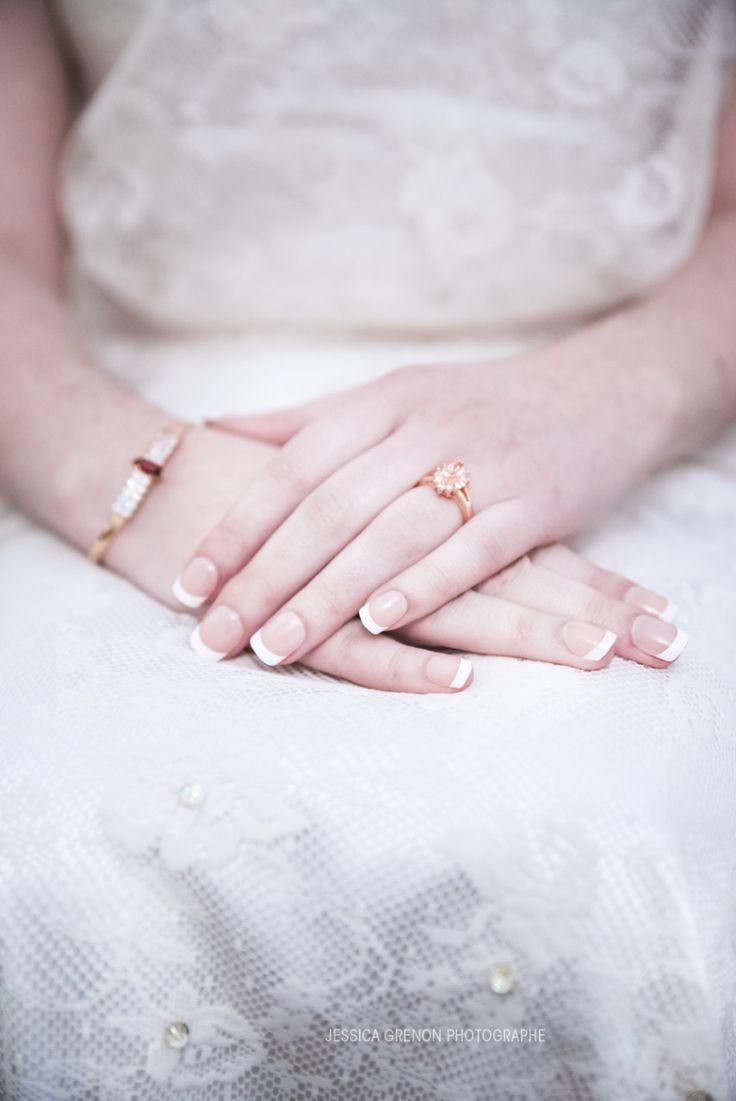Jessica Grenon Photographe de la région de montréal #québec  #mariage #wedding #cake #gâteau #robe #dresse #bride #groom #vintage #bohemian #lace #dentelle #flowers #fleurs #reception #cérémonie  #lifestyle  #love #happy #joie #amour www.jessicagrenon.com