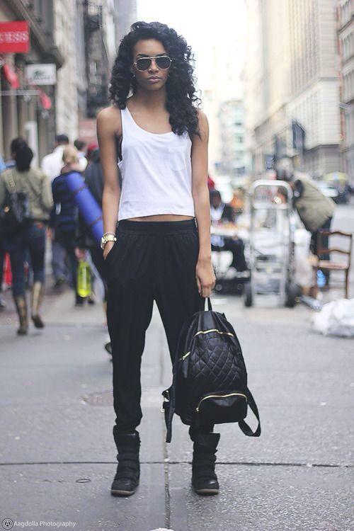 STREET STYLE: Simple.