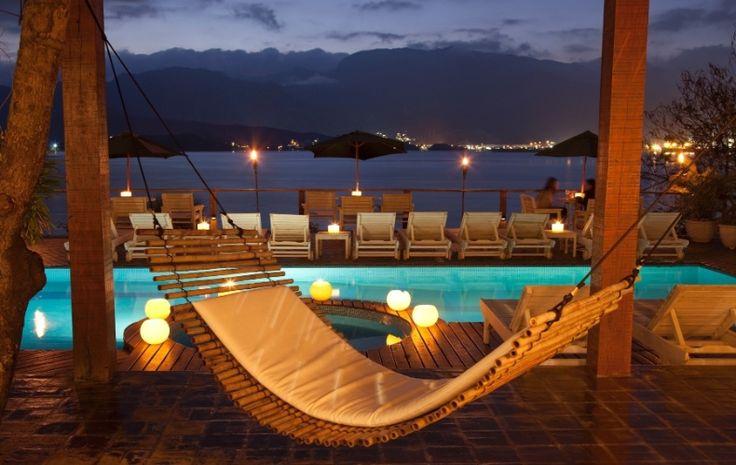 São Sebastião (SP): Localizado em Ilhabela, o Barra do Piúva Porto Hotel (www.barradopiuva.com.br) possui um pacote de quatro noites, com café da manhã. Durante o feriado, o estabelecimento oferece check-out mais tarde e drinque de boas-vindas. Caiaques, máscaras e nadadeiras para mergulho também estarão à disposição dos hóspedes. Sai a partir de R$ 2.072 para o casal. Reservas: (12) 3894 9252 / (12) 3894 9415 (Preços e condições consultados em maio de 2016 e sujeitos a alterações. Consulte…