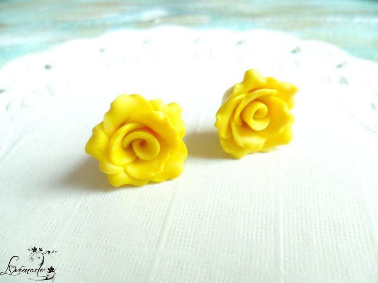 Pastel galben (10 LEI la LoveMade.breslo.ro)