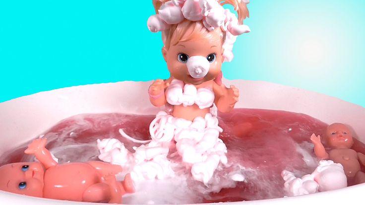 Куклы Пупсики Ванна с пеной и шипелками Купаем куклу Baby Doll bath time...