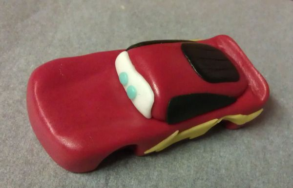 At some point in most little boys' lives, since its release, Cars was a favorite movie. So it was no wonder that there were numerous requests for Cars themed cakes. The majority of the cakes …
