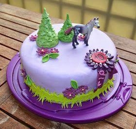 Aller Anfang ist ...: Pferde-Geburtstags-Torte