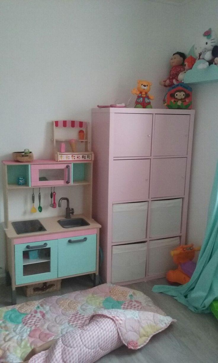 ikea chambre d enfants eames montessori ikea barcelone. Black Bedroom Furniture Sets. Home Design Ideas