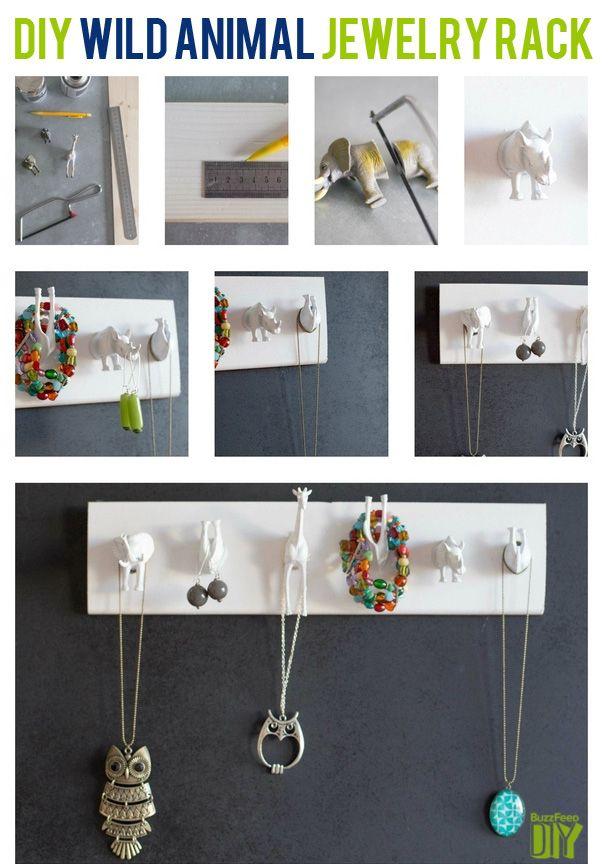 Wild Animal Hanger / 25 Clever DIY Ways To Keep Your Jewelry Organized (via BuzzFeed)