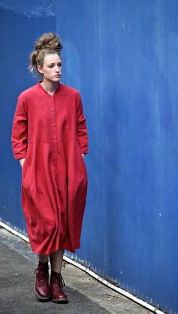 Kelley in the Button-thru tulip dress in Fantan Japanese linen  www.sarkstudio.com.au