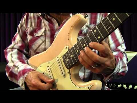 Heavy Rock and Blues Guitar Lessons - Blues Shred Licks Lesson - YouTube