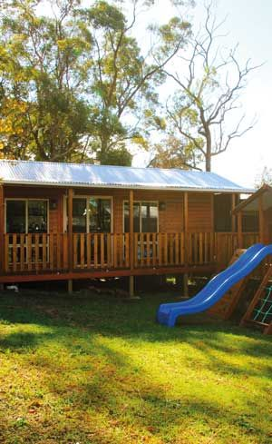 Granny flat cabins backyard cabins aarons outdoor for Backyard cabins granny flats