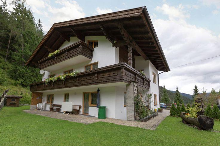 Appartement voor vijf personen te huur in Biberwier. (regio: Tirol) Accommodatie wordt tegen scherpe huurprijzen aangeboden.