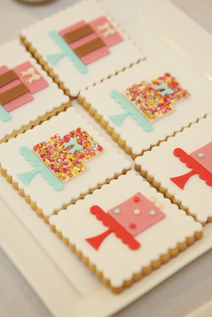 Cute birthday cake cookies.