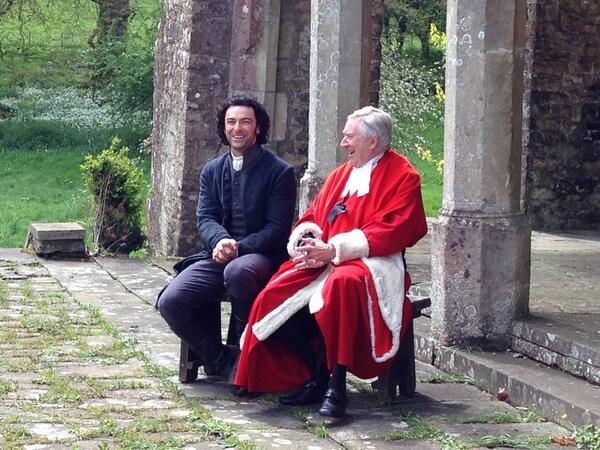 From @mammothscreen on 12 May 2014: The two Poldarks! @robinpoldark #AidanTurner take a bow. Only the hardest of hearts wouldn't be moved by this!