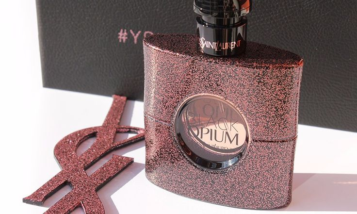 Black Opium Eau De Toilette Yves Saint Laurent - http://www.beautydea.it/black-opium-eau-de-toilette-yves-saint-laurent/ - Lasciati avvolgere dalla magia del nuovo profumo Yves Saint Laurent Black Opium Eau De Toilette!