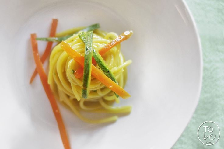 facebook.com/to.bephotography Spaghetti vegetariani allo zafferano - cuoca Martina Patrone