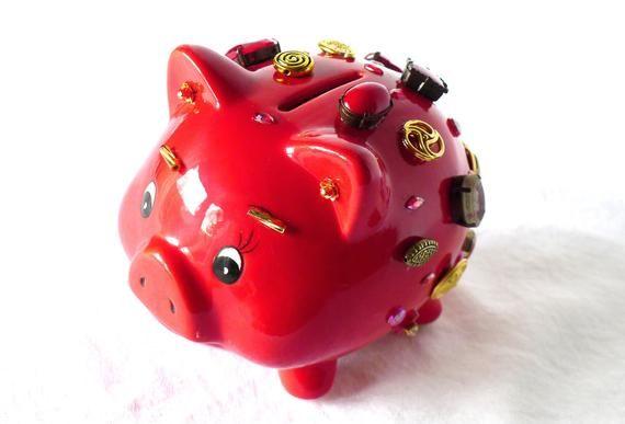 Sparkly Sparschwein rotes Gold, juwelenbesetzte Sparbüchse, Bargeld Geschenk, Geld sparen für den Einkauf, Sparbüchse, verziertes Geldgeschenk, Geschenkverpackung   – Home Decor, Geschenke, Gift Ideas, Jewelry by LonasART