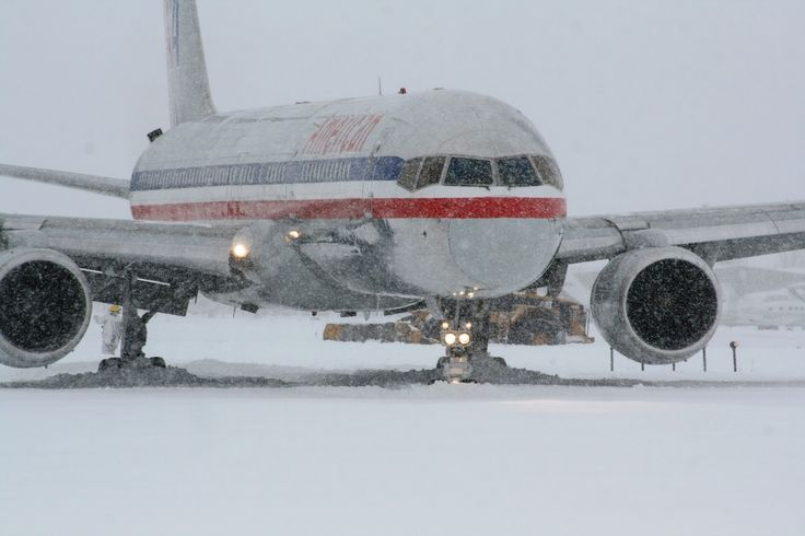 Boarding An American Airlines Plane | PRIVATE JET CHARTER FLIGHT NEWS: Commercial Airline Flight Overruns ...