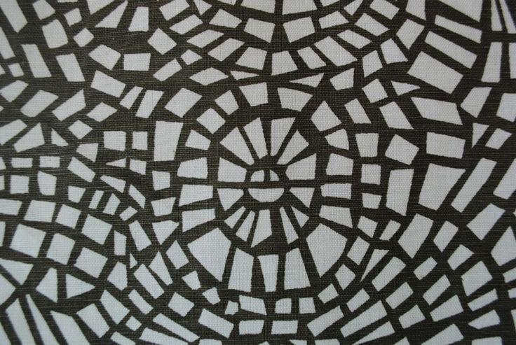 Shell Mosaic Charcoal linen/cotton blend - 137cm