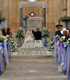 catholic wedding Italy Italian weddings were always held in churches (sposarsi in chiesa) and certain traditions and folklore had to be abided by.