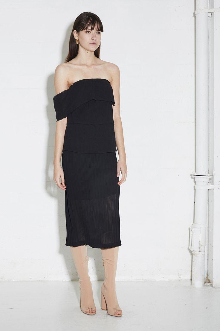 THIRD FORM SPRING 16 'ARTILIO DRESS'  #thirdform #dress #fashion #streetstyle #style #minimal #trend #black #minimalfashion
