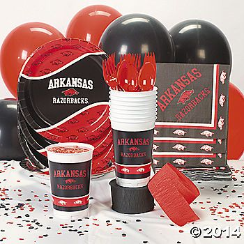 NCAA™ Arkansas Razorbacks® Party Supplies by the Oriental Trading Company #ArkansasTailgates