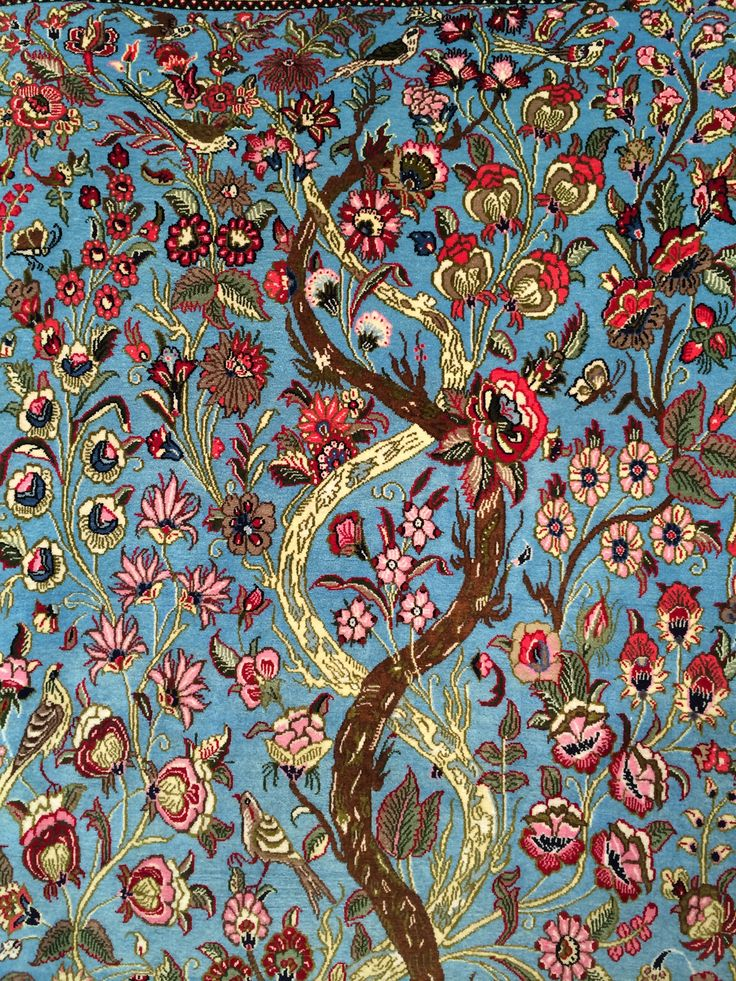 The tree of life.  L'albero della Vita.   Qum persiano annodato a mano, lana su cotone.