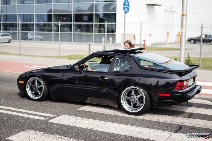 Porsche 944 Turbo                                                       …