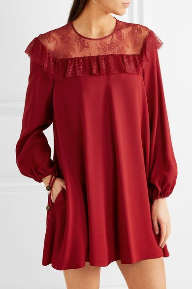 Dark-red crepe and lace Button-fastening keyhole at back 75% acetate, 25% rayon Dry clean
